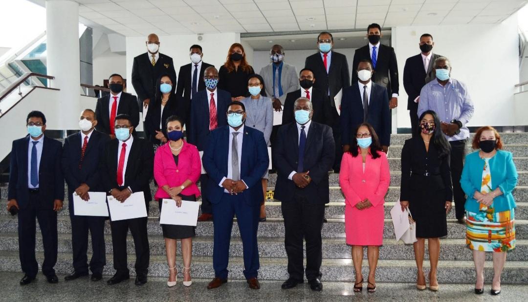 Guyana: Ali swears in 19 ministers