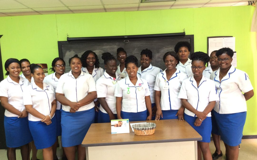Health minister promises to address longstanding nurses issues