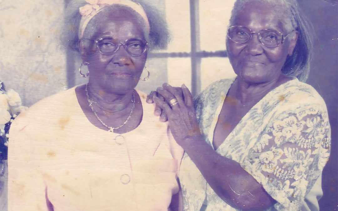 Country's 'oldest twins' celebrate 95th birthday